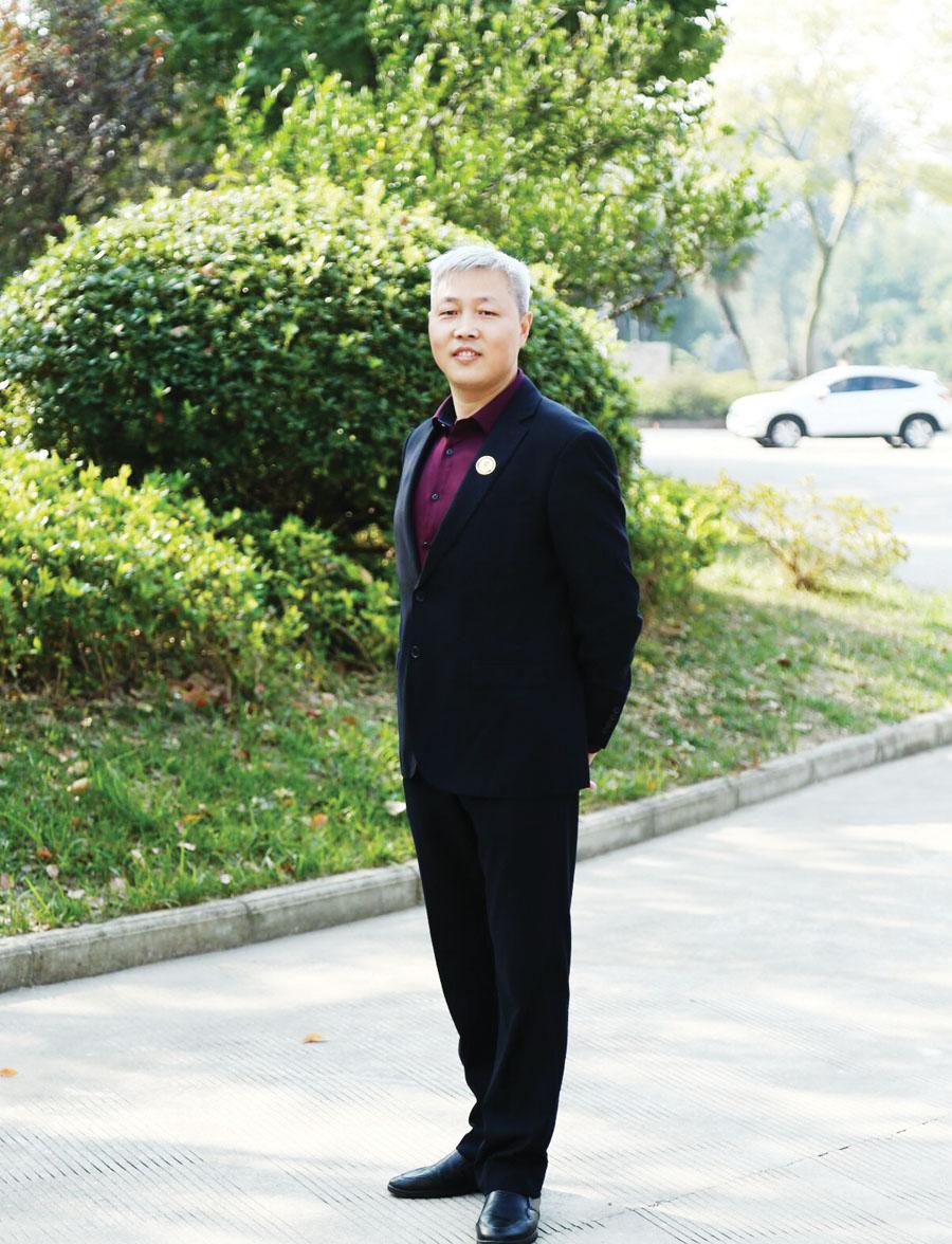 ▲合肥九狮标识总经理王俊华