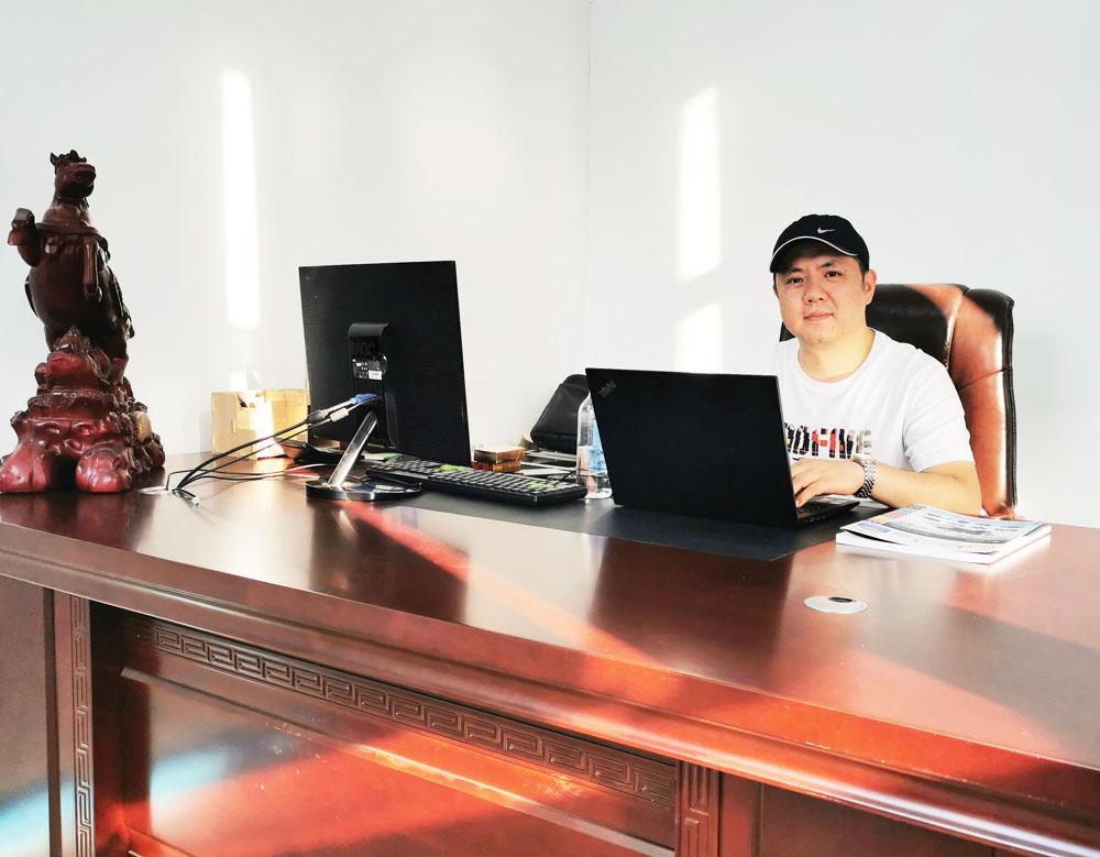 破茧而出 绽放光华 ——访安徽三人行广告标识工程有限公司总经理王观保